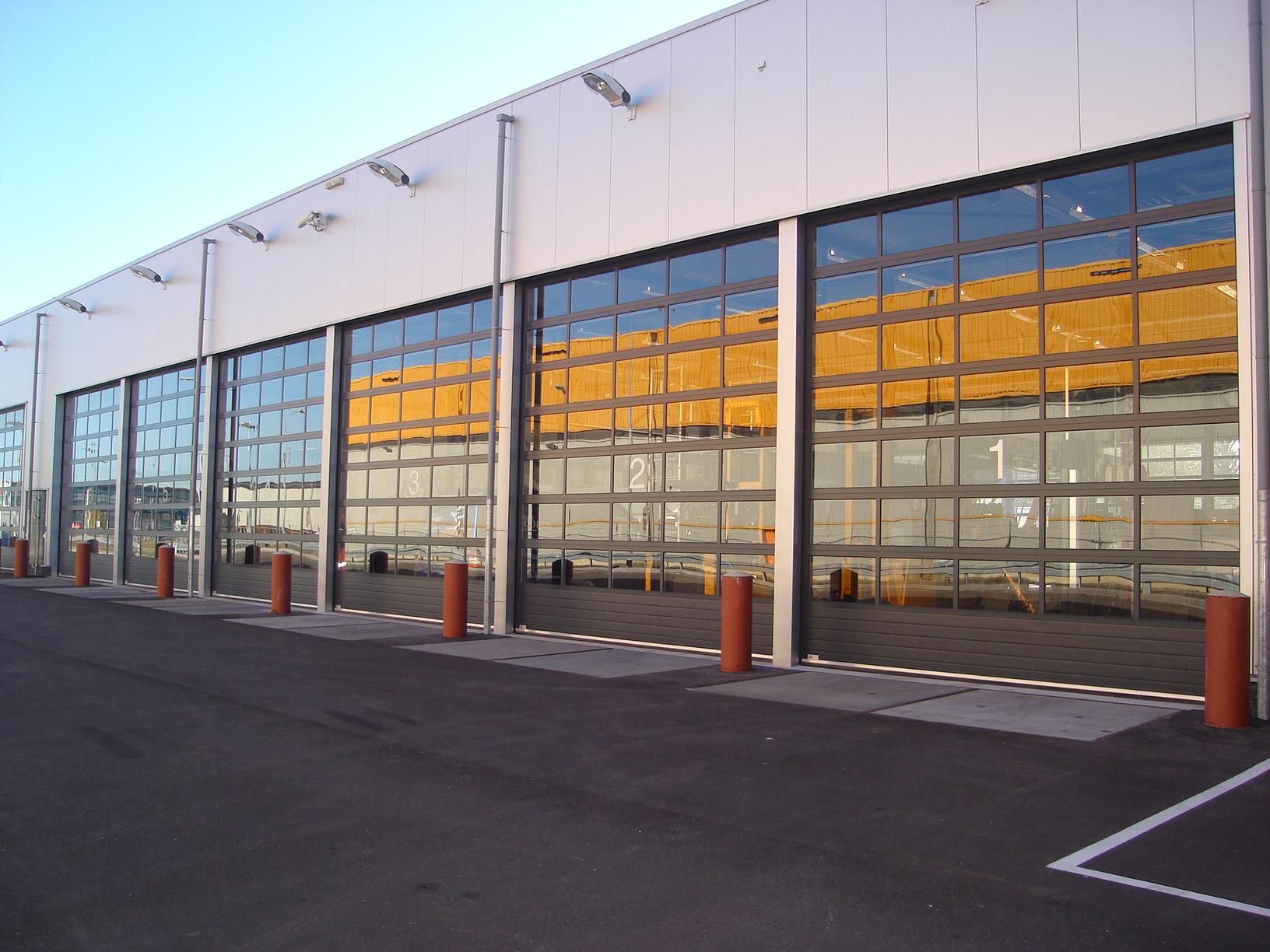Portes sectionnelles sections vitrées
